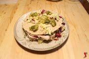 farcire con olive e insalata