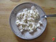 tagliare mozzarella a dadini