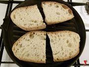 pane sulla piastra