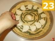 Guarnire la torta salata