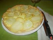 La torta salata di patate e cipolle
