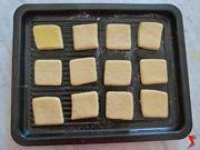 ultimare la preparazione dei biscotti