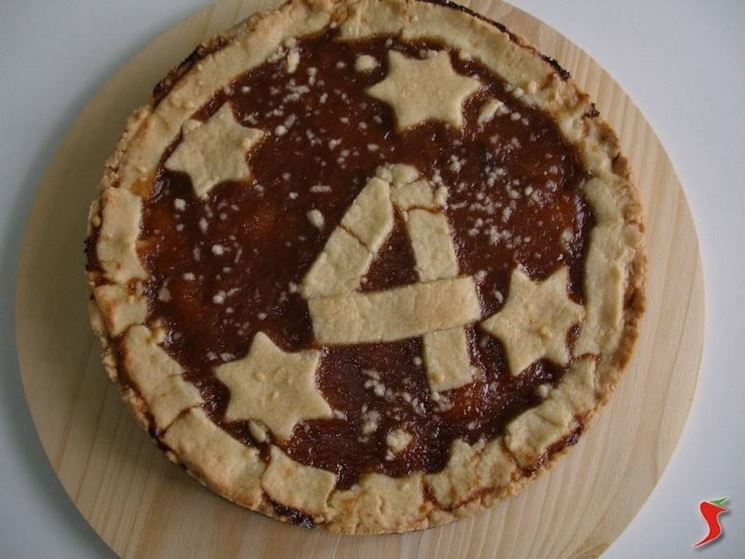 crostata con decorazione numerica