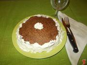 La torta di cacao e panna