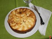 La torta di mele e yogurt