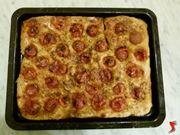 pizza con il pomodoro
