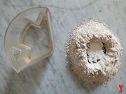 farina mescolata con gli ingredienti