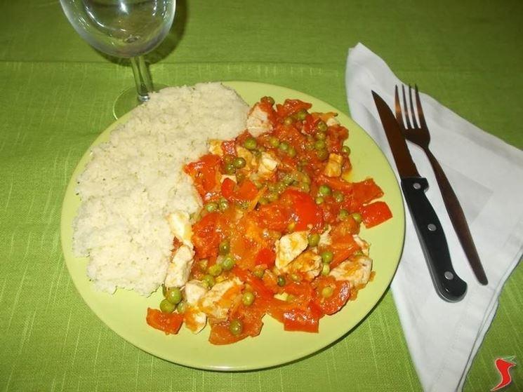 Il <strong>cous cous al pollo</strong> e verdure