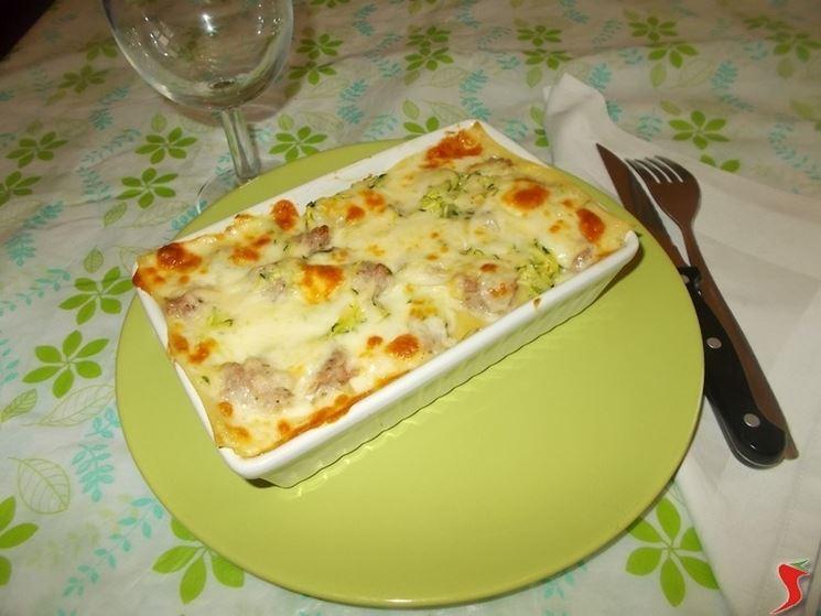 La lasagna con la salsiccia