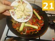Continuare a cuocere gli ortaggi