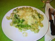 Pasta con i broccoli e mozzarella filante