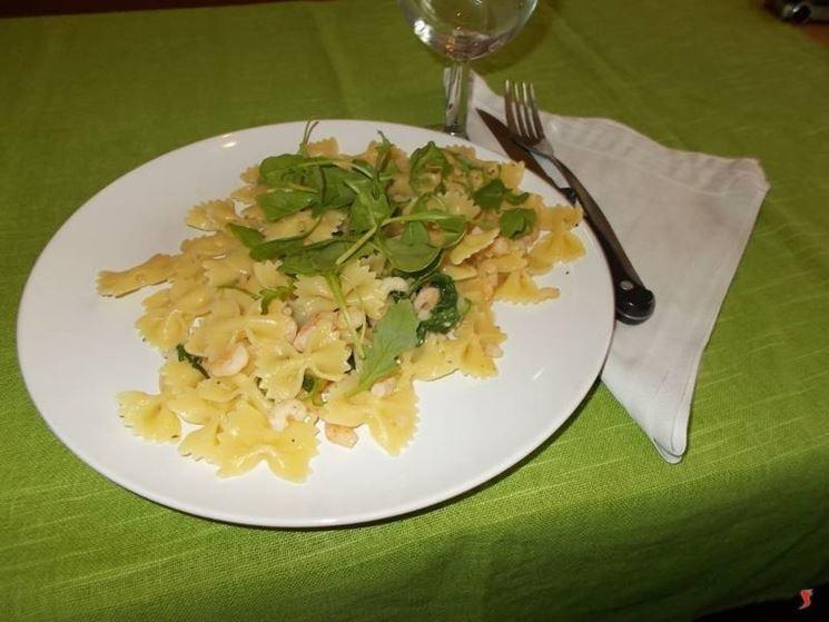 La pasta con gamberetti e rucola
