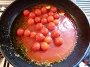 pomodori nella padella