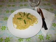 Gli spaghetti con gli asparagi