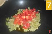 aggiungere pomodorini