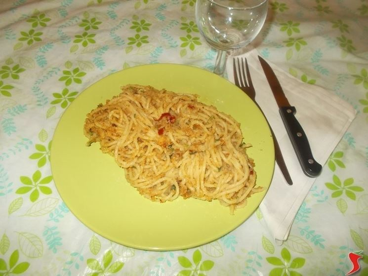 Gli spaghetti con il pangrattato