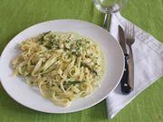 Le tagliatelle con asparagi e gamberetti