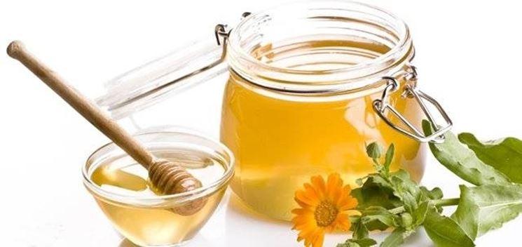le proprietà del miele