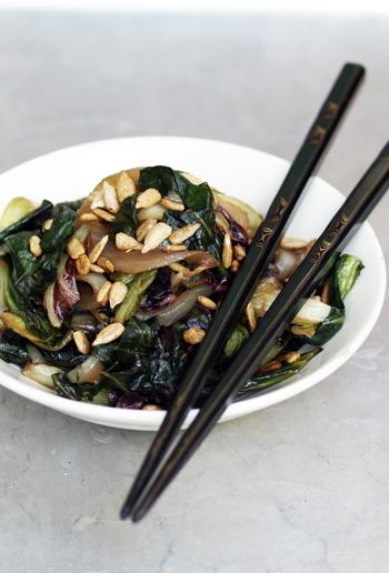 Radicchio verde alimenti radicchio verde ortaggio - Cucina induzione consumi ...