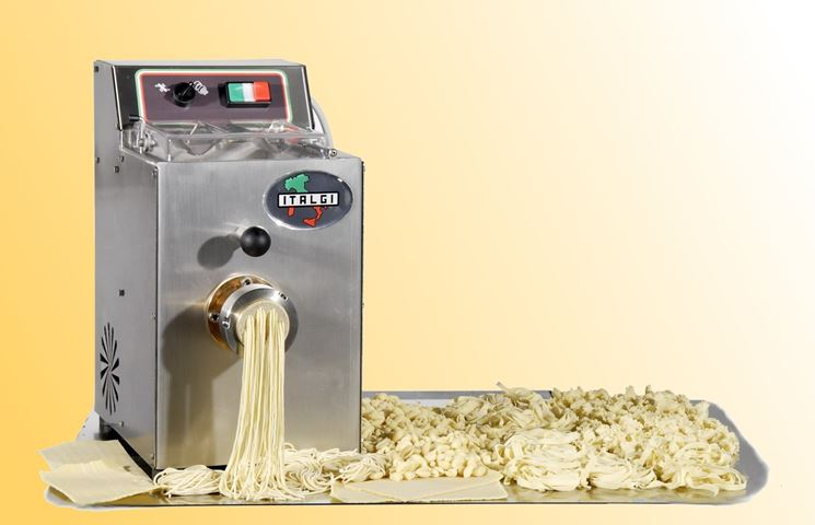 Macchina per la pasta fresca elettrodomestici cucina - Macchine per pasta in casa ...