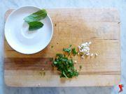 menta e aglio sminuzzato