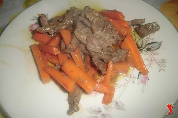 Straccetti di vitello con carote