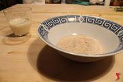 versare la farina