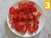 tagliare i pomodori