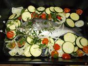 Preparate il pesce per il forno