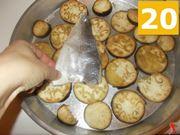 Cuocete le melanzane e il pesce