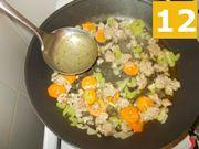 La cottura della salsiccia