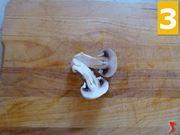 Tagliare i funghi