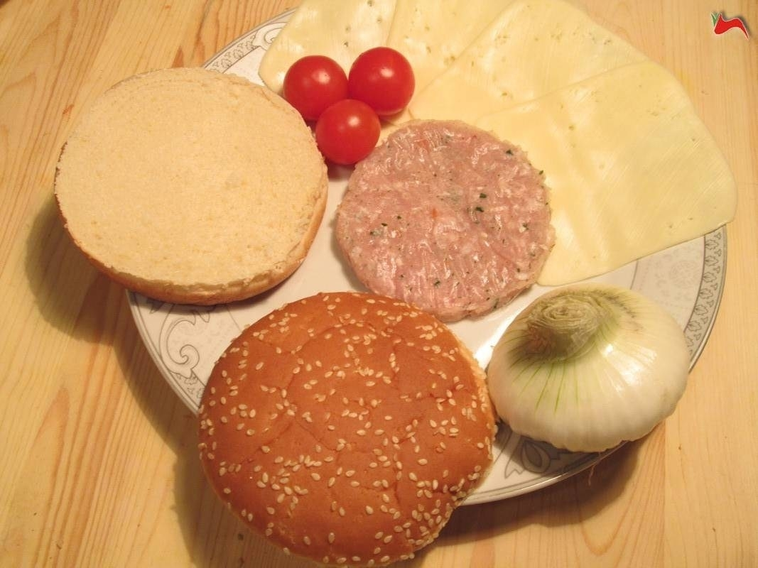 hamburger americano - ricette hamburger - ricetta hamburger americano