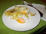 Le uova con patate