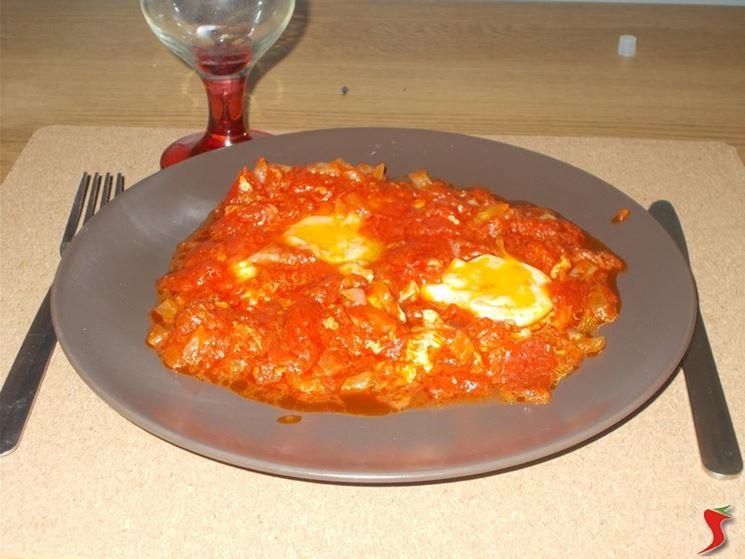 Uova e pomodoro