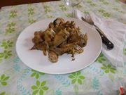 I carciofi con le salsicce