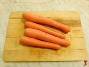 lavare e pulire carote