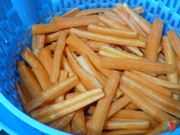 lavo le carote e le lesso