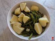 riporre le verdure in un recipiente