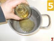 Preparare gli ingredienti della salsa agrodolce