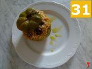 aggiungere olio extravergine di oliva e servire