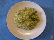 servire risotto agli asparagi