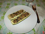 Le zucchine ripiene al tonno